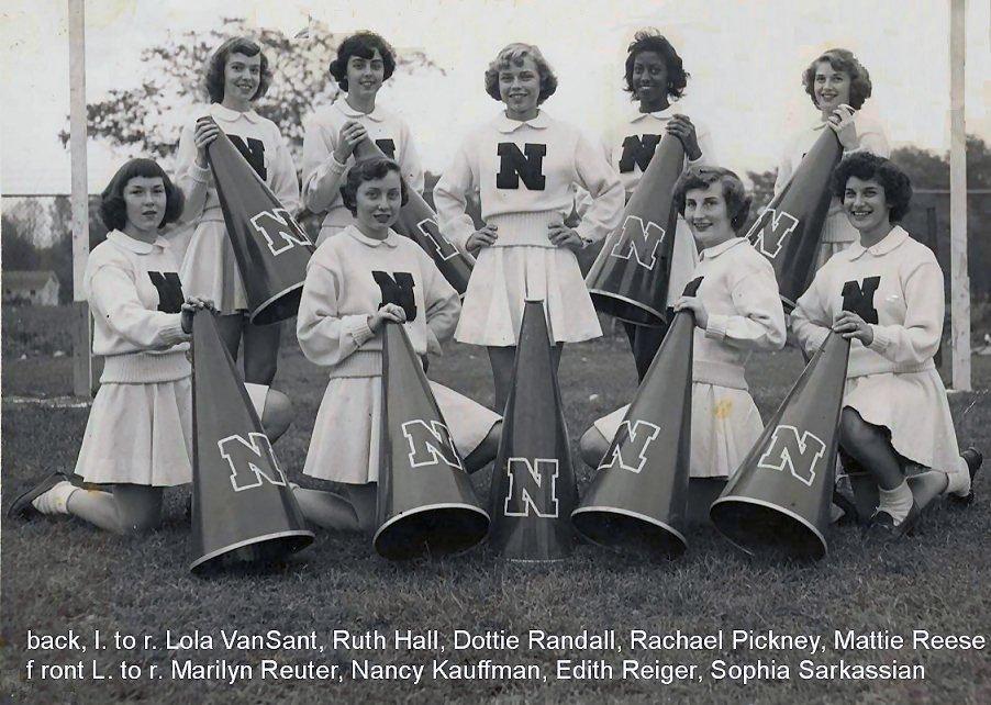 1950 Cheerleaders 01