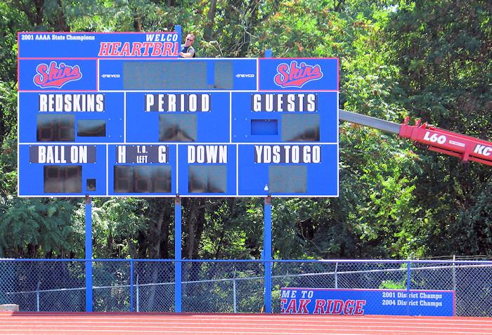 2010_new_scoreboard_05
